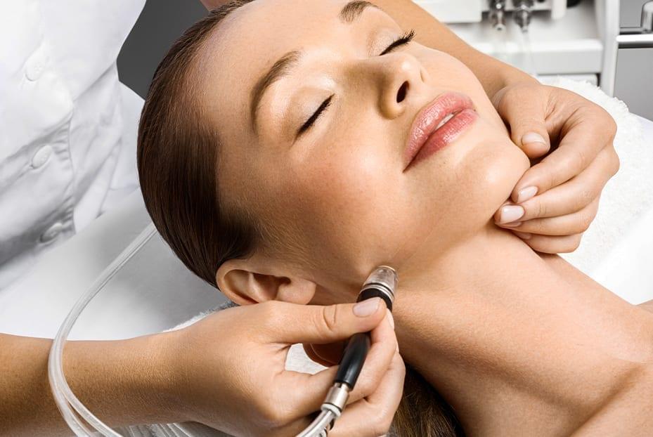 Sagging Jawline treatment using Dermal Fillers at Define Clinic